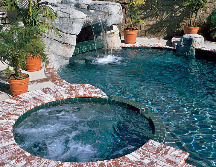 Shotcrete / Gunite Swimming Pool Installation