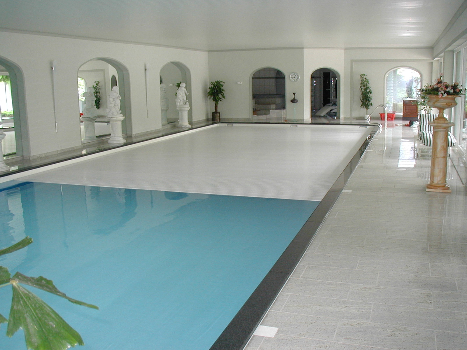 indoor automatic pool cover